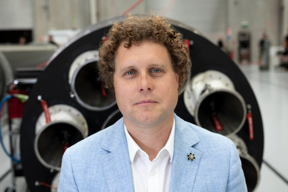 Learn from industry's leading experts!  The Launch Canada Lecture Series is a series of webinars with industry experts from all over covering technical, safety, logistical and entrepreneurial aspects. Our 1st speaker is @RocketLab Founder and CEO @Peter_J_Beck.  🚀🚀🛰️💻🎥 https://t.co/GEJfHUDunJ