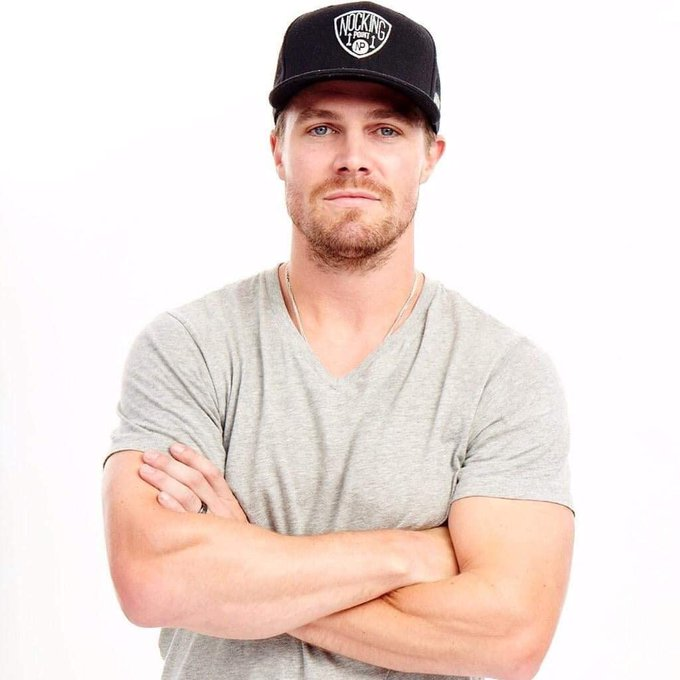Happy birthday Stephen Amell