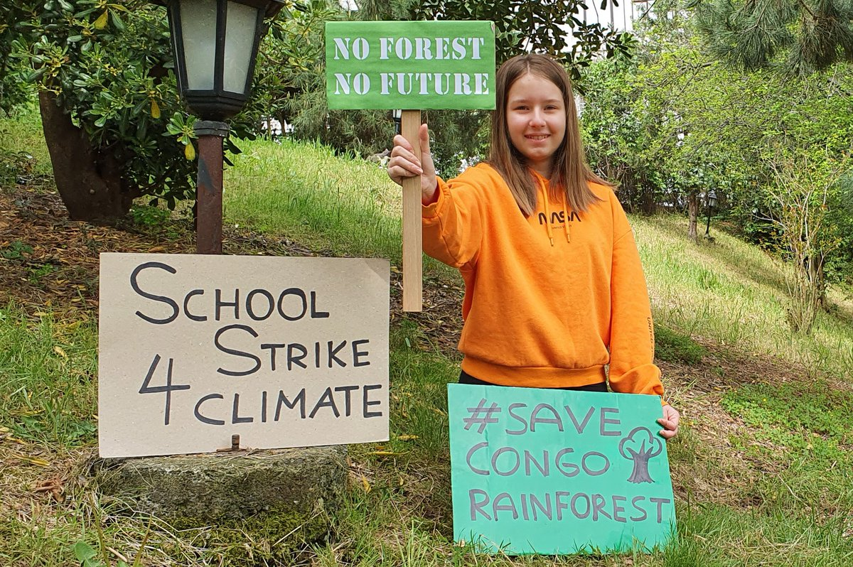 My 59th week on #ClimateStrike Forests are life. Without them, we have no chance of fighting climate breakdown & healing our earth  #NoForestNoFuture #SaveOurForests #StopDeforestation #SaveCongoRainforest   #FridaysForFuture #schoolstrike4climate #ClimateStrikeOnline #StayHome <br>http://pic.twitter.com/xzgT2POlfX