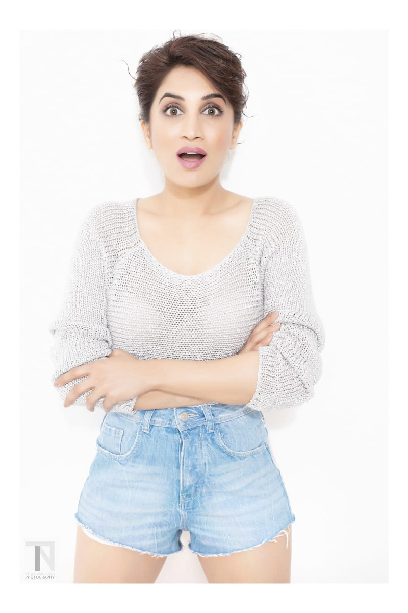 My reaction  when the lockdown gets called off ... #Throwback #OldPhotography   Photography by @tejasnerurkar  #GoodAfternoon #lockdown #Photography #Photoshoot #Style #actress #marathiactress #picoftheday #trending #Bb #Biggboss #Biggbossmarathi #smitagondkar #smittenspic.twitter.com/YIcKgVugJ7