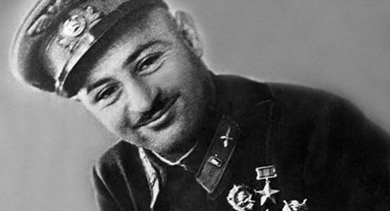 "Two-time Hero of #SovietUnion, ace pilot &""fear of fascists"" Nelson Stepanyan was born in heart of #Artsakh, Nagorno-Karabakh,in highland city of #Shushi. Probably, proximity to sky prompted #Armenian boy to dream of aviation  More about N. Stepanyanhttps://bit.ly/35G9pUS pic.twitter.com/TCyVOpallU"