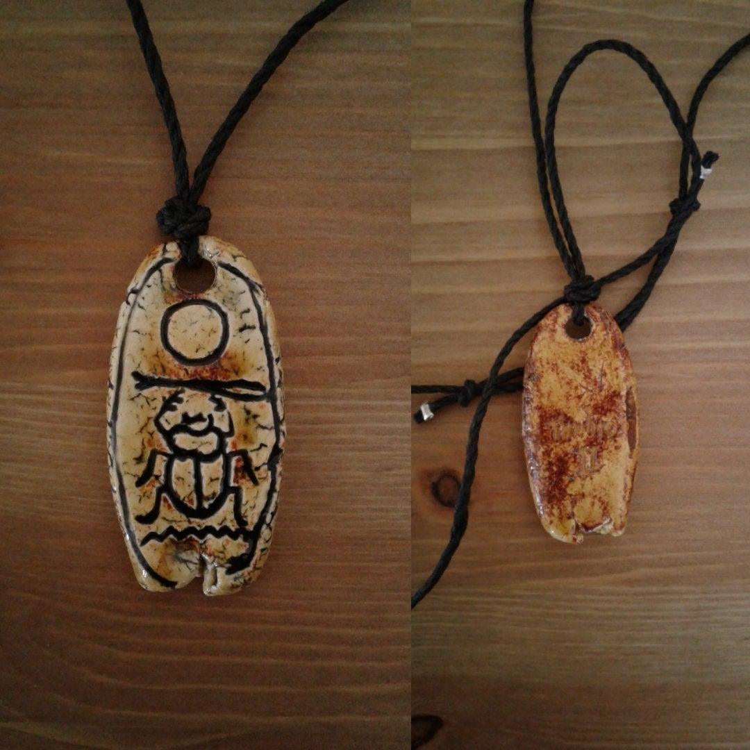 Thutmose II Necklace Egyptian Cartouche Ceramic Pendant Hieroglyph Amulet http://tuppu.net/6198ff68 # #EgyptianJewelry pic.twitter.com/PSIaBJjQI2
