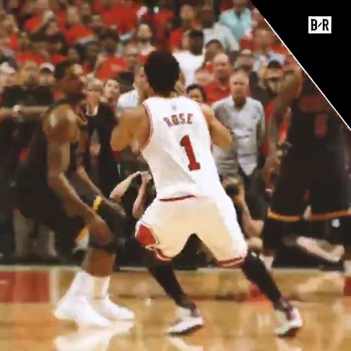 Rose hit a dagger to seal Game 3 on this day in 2015 Clutch in the playoffs 🌹 (➡️ @StateFarm)