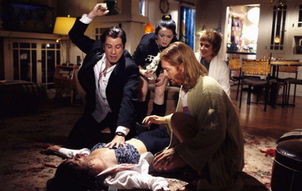 """Lazos de Cine on Twitter: """"¿Sabíais que en la escena de Pulp Fiction en la que Vincent le clava la jeringilla de adrenalina a Mia está pasando justo lo contrario? Travolta le"""