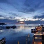 Image for the Tweet beginning: Today's sunset at Petcharat Marina
