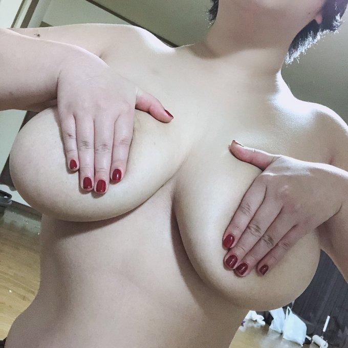 裏垢女子よるのせりなのTwitter自撮りエロ画像38