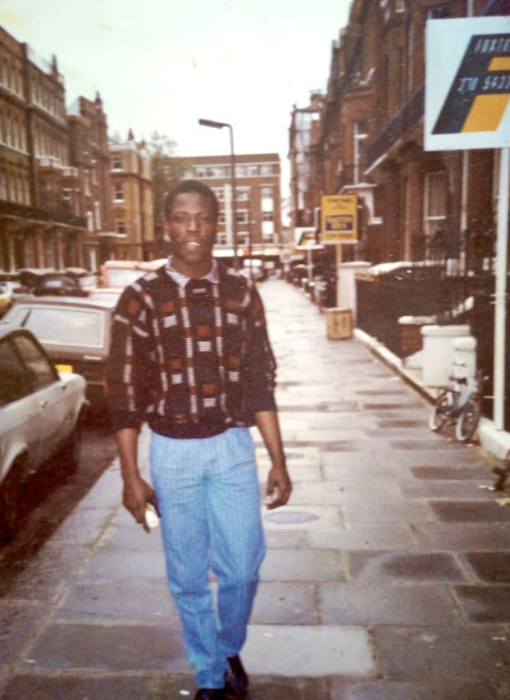 Peep Pops drippin in the streets of London, UK circa 1986 https://t.co/XTS9rSx02r