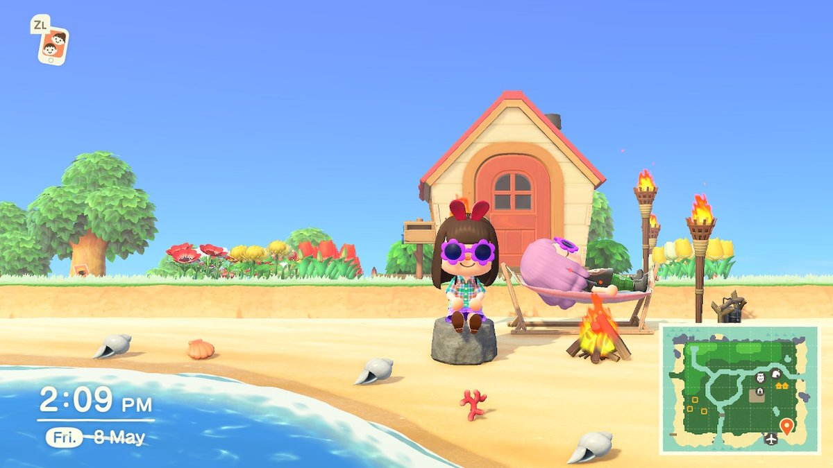 This is how besties hang out during lockdown ;) @jaxyann #AnimalCrossing #ACNH #NintendoSwitch https://t.co/1luGqIJUPR