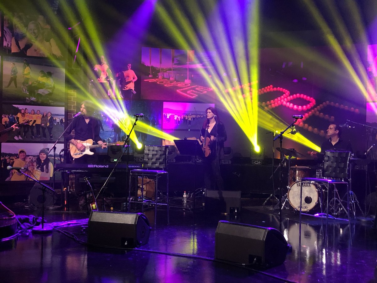Sound Check for Late Late show  YEHAW https://t.co/WD062aPsob
