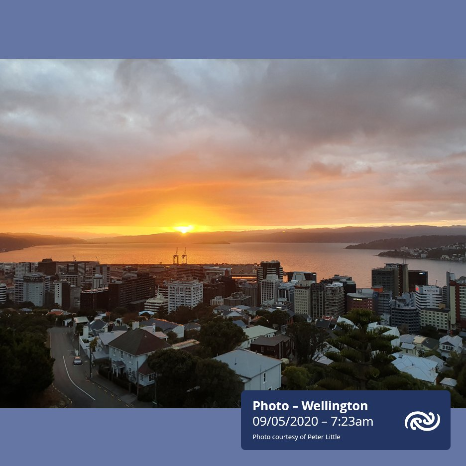 Settled weather continues for most today. This means most Kiwis will see plenty of blue skies again today. This photo was captured by one of our forecasters here in Wellington this morning. A lovely sunrise image - do you have any of your own to share? ^KL