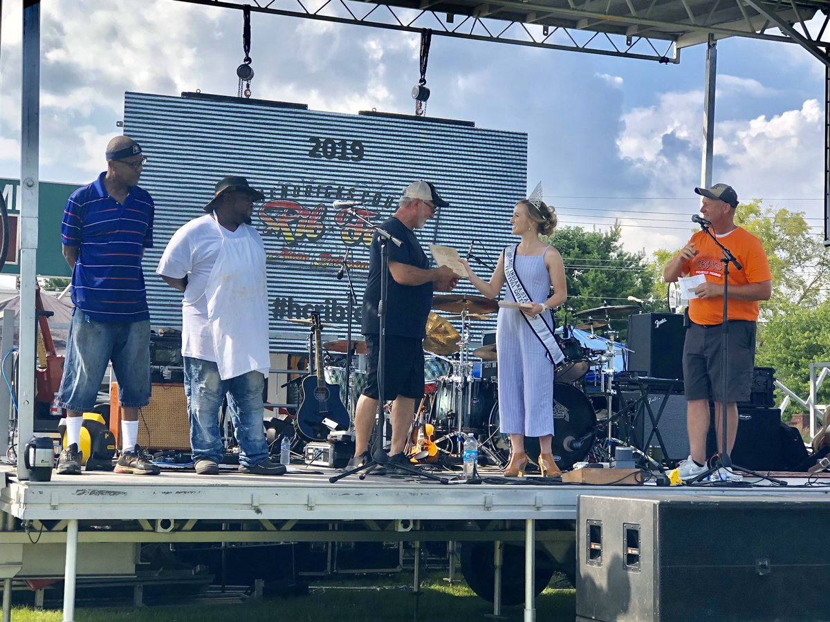 Hendricks County Rib-Fest @hcribfest canceled; fireworks and Rib Run a go for July 4   #COVID19 #RibFest #RibRun #FourthOfJuly #Fireworks #ALLinHendricksCounty #INthisTogether   https://t.co/DUxkjRAdb8 https://t.co/8CEYVPp7Ld