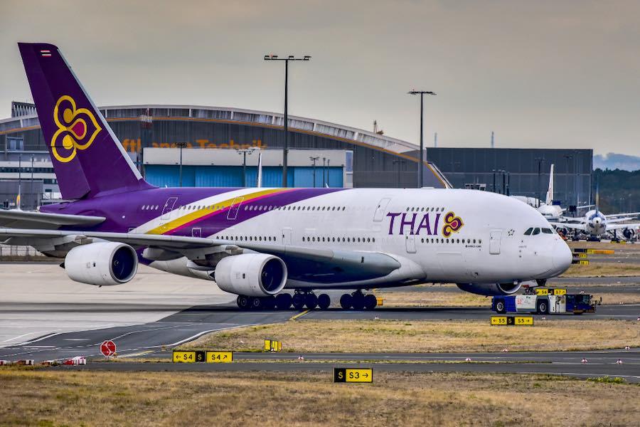 """พนักงานของสหภาพฯการบินไทยรัก """"การบินไทย"""" มาก  ขอแนะนำให้กระทรวงการคลังขายหุ้นให้สหภาพฯการบินไทย https://t.co/lADeXWGTd6"""