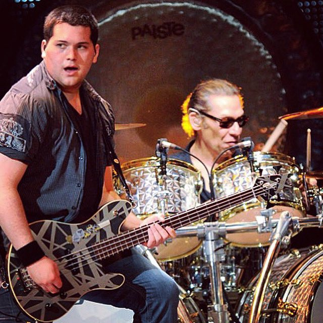 Replying to @WolfVanHalen: Happy Birthday Al!! Love you! ❤️🤘❤️