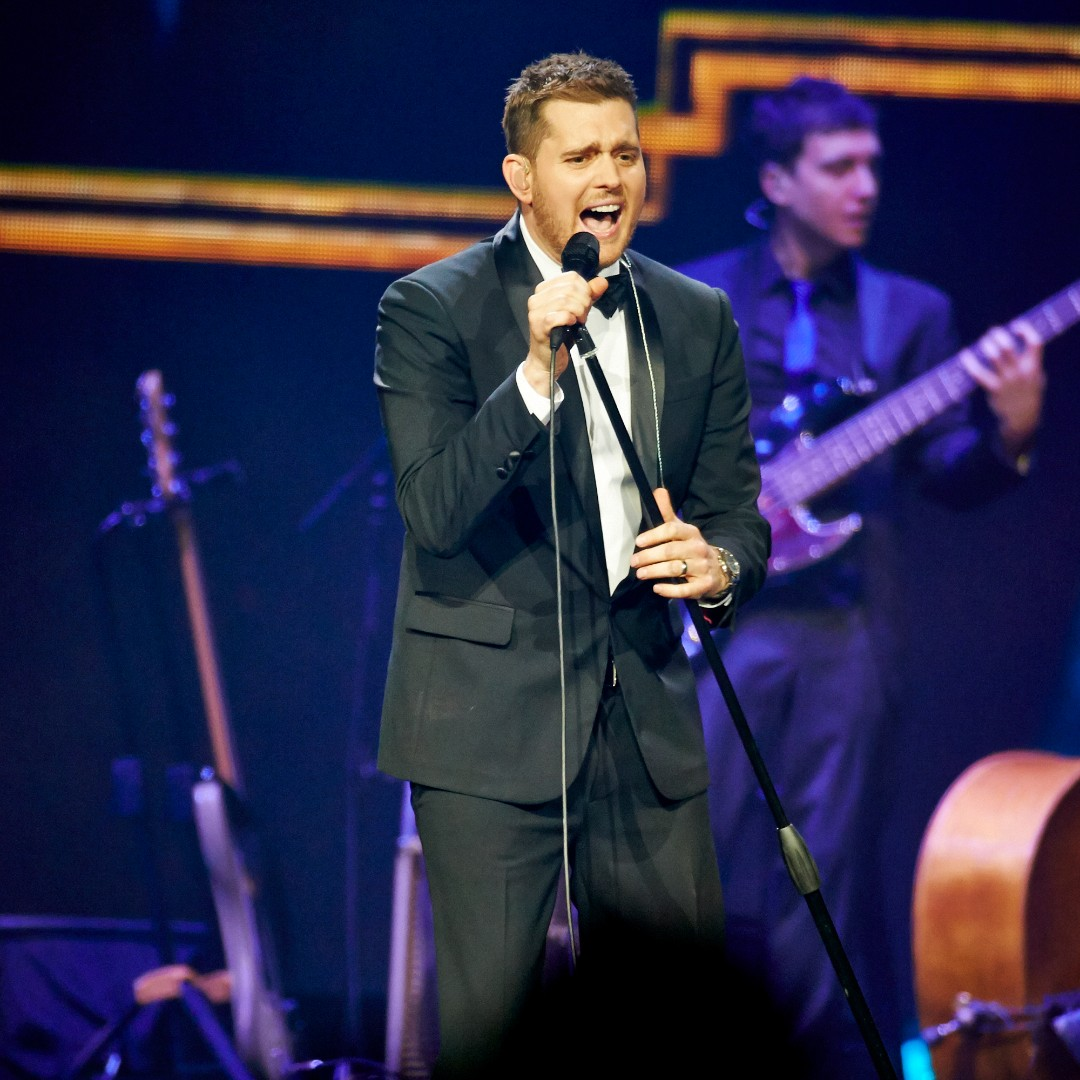 "#reLIVEthelive Cry us a river - while we wait for @MichaelBuble to come back!!  😭😢 #onthisday  back in 2014 Michael Bublé started his 4 SOLD OUT shows here in #Sydney - on his ""To be Loved"" World Tour! 🎷🎙️🎺🎹📯   #michaelbuble #buble #otd #flashbackfriday #qudosbankarena https://t.co/3EuIk2emUV"