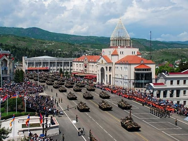 #Artsakh celebrates triple holiday today: the glorious Victory of the Great Patriotic War, the Liberation of #Shushi and the anniversary of the Artsakh Defence Army founding. Congratulations to whole Armenian nation!  pic.twitter.com/7PWr5uyWwP