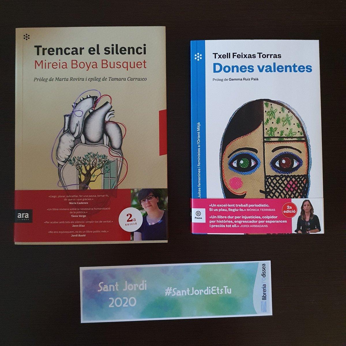 A compartir amb ma germana i ma mare: les 3 dones i les 3 lectores de la família (amb permís del devorallibres del meu nebot).  Ja els hem començat i són brutals!  @txellfeixas @yeyaboya @lodissea #donesvalentes #trencarelsilenci #SantJordiEtsTu #santjordiconfinat #santjordi2020 https://t.co/pCmHayJQV6