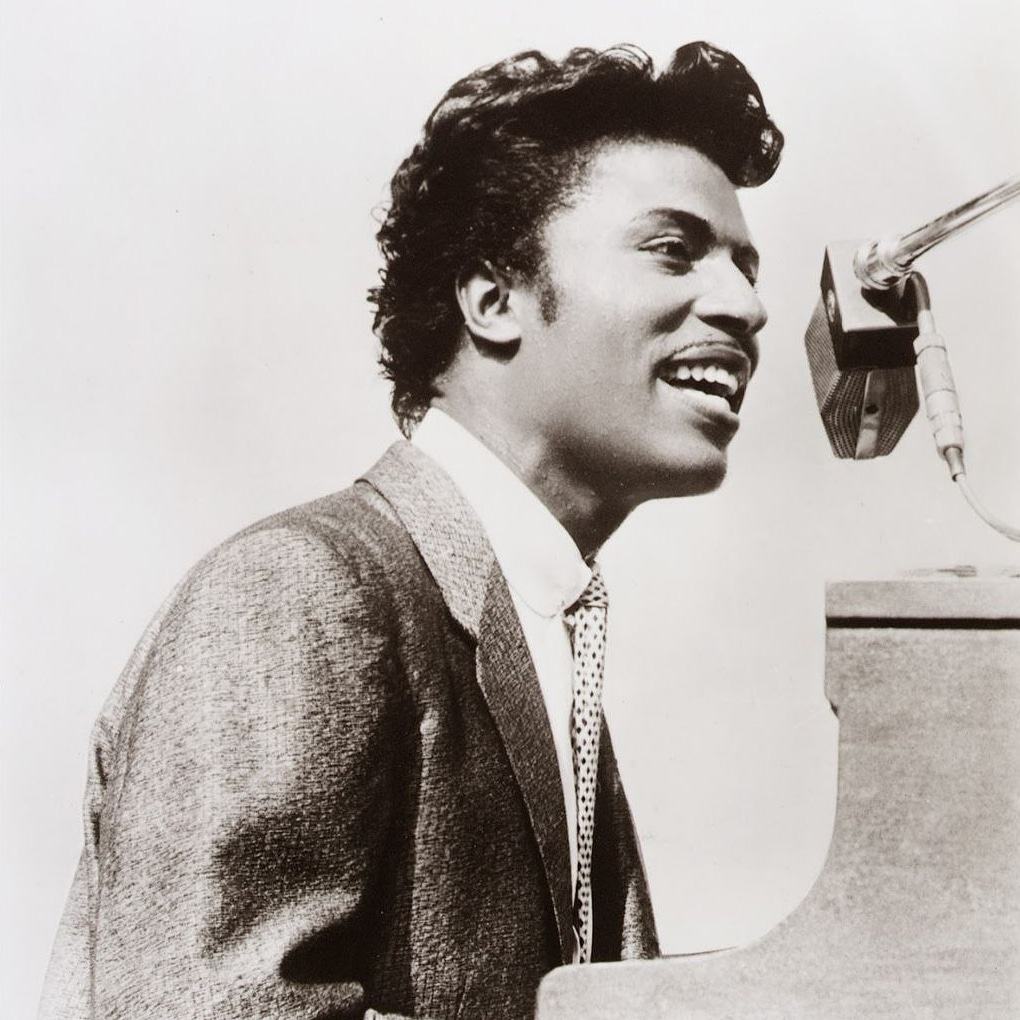 "Blessings to Little Richard, a true original and pioneer of Rock 'n' Roll. His song ""Baby Face"" was the first single I bought. God grant him eternal peace.  #LittleRichard #RockAndRoll https://t.co/iuNUlkPoPz"