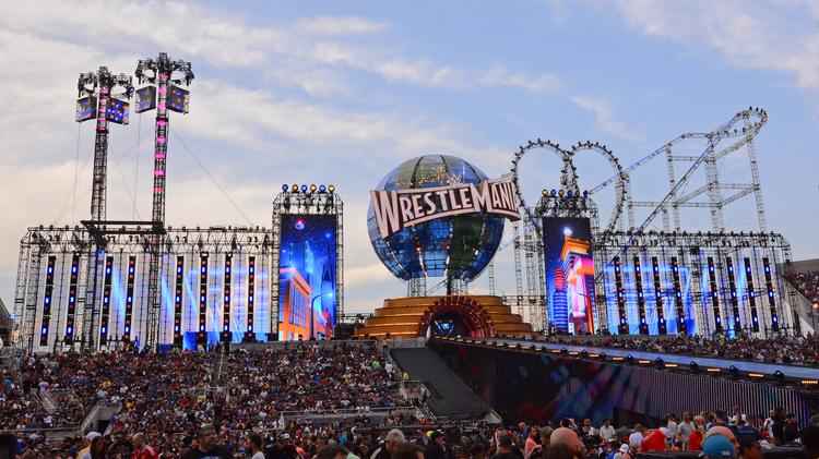 """𝙒𝙧𝙚𝙨𝙩𝙡𝙚𝙡𝙖𝙢𝙞𝙖 on Twitter: """"Could we just take a second to  appreciate how incredibly awesome the Wrestlemania 33 stage was.… """""""