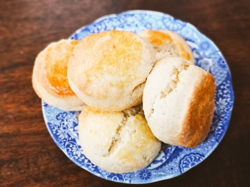 We baked @GlenappCastle's scone recipe too. So light! 👉🏻 bit.ly/VEDayScones