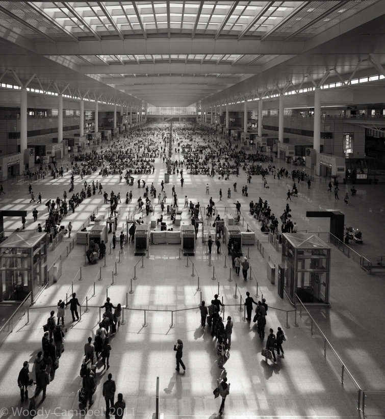 Looking back to Shanghai on this day exactly 9 years ago: day 549 of 1 photo every day for the rest of my life.   #BlackAndWhite #BNW #Photo #Monochrome #DailyPhoto #Leica #Shangai #hongqiaopic.twitter.com/BbBXTwry4z