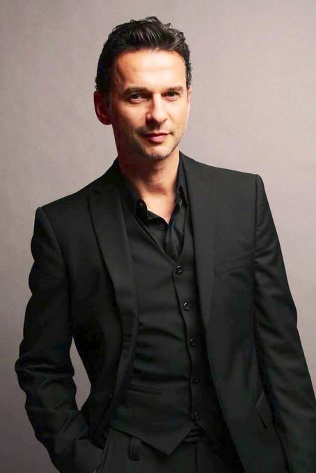 Happy 58th birthday to Dave Gahan.