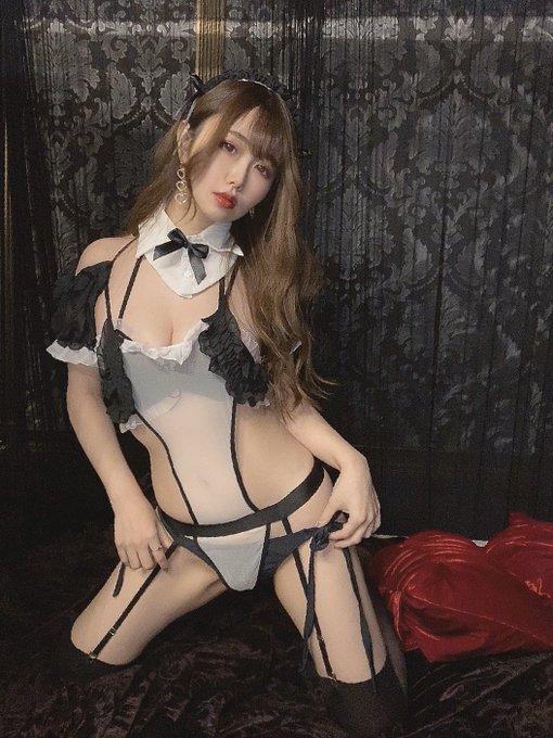 グラビアアイドル麻倉ひな子のTwitter自撮りエロ画像27