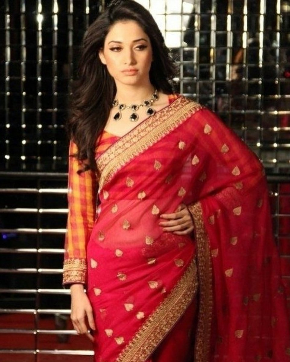 #TamannaahBhatia #BeautifulActress #BollywoodActress Tamannaahpic.twitter.com/K3NXeZsbki
