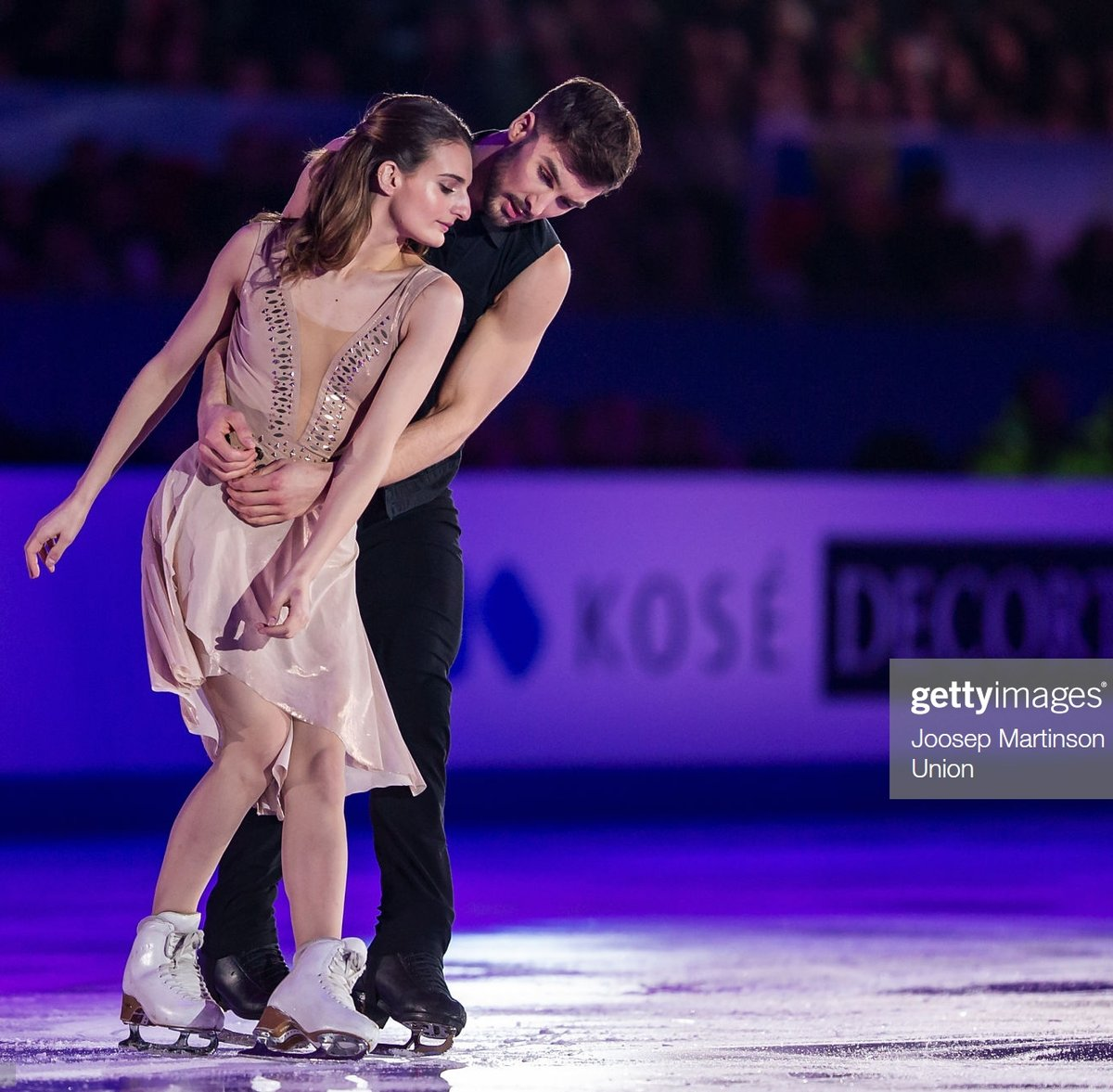 Happy Birthday  to France's  #GabriellaPapadakis! GS Fan Fest @  http:// bit.ly/PapaCiz     The Olympic  with #GuillaumeCizeron earned all new PBs at #NHKTrophy  She enjoys reading , music ,  and spending time with friends!  2019-20 EXH #DermotKennedy #FigureSkating <br>http://pic.twitter.com/RjHpD8lgtR