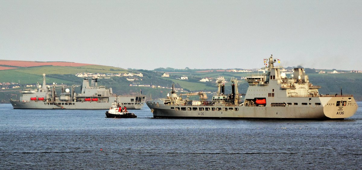 .@RFATidespring back into Plymouth Sound yesterday evening after trip to Scotland. @RFAFortVictoria on D-Buoy. via @RfaNostalgia