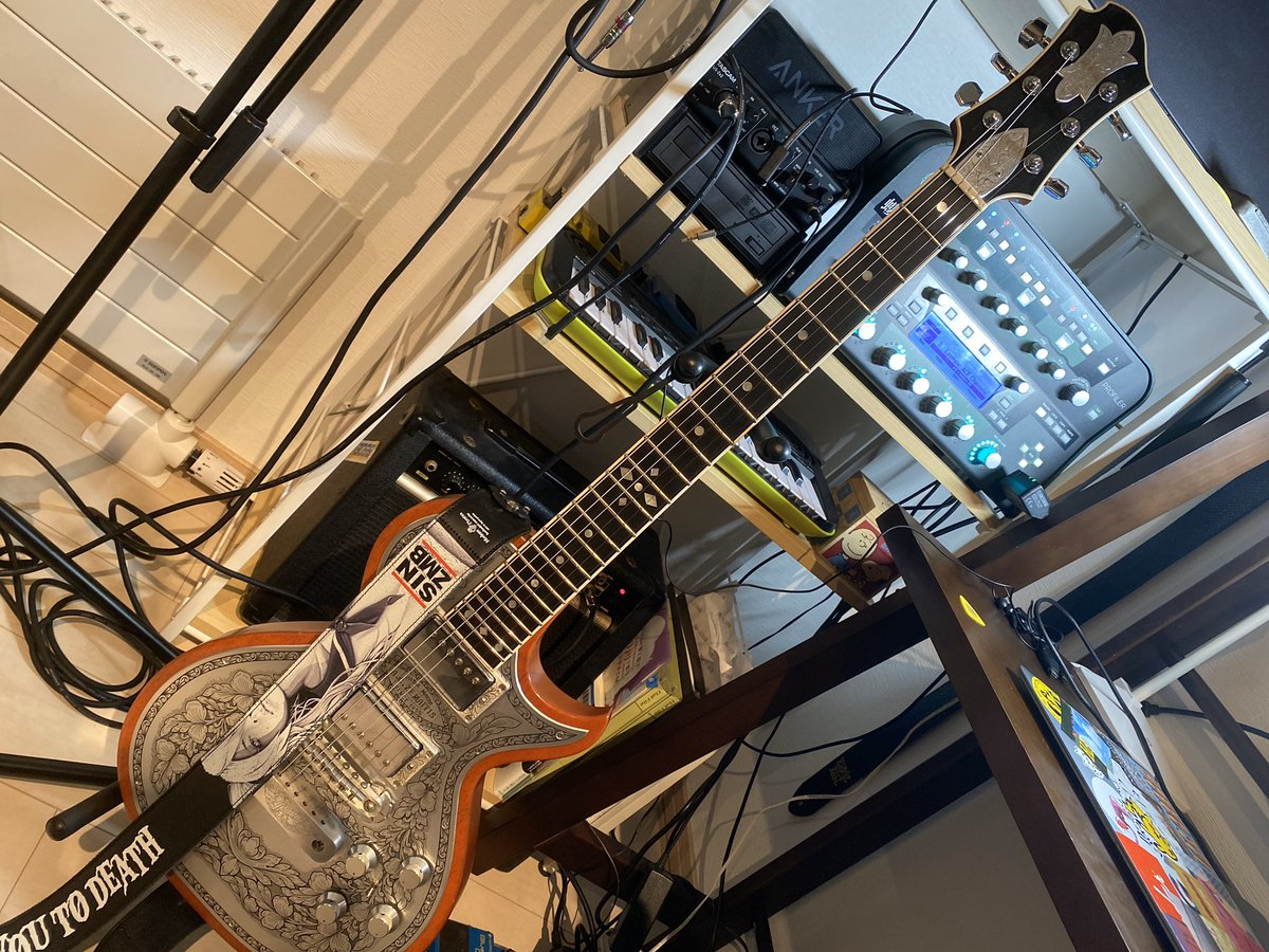my new gear…  Greco Zemaitis GZ3500MF  GZ3500MFだけどいろいろ変わってるギター  本物のゼマには手が届かないけどとりあえずはこれで  #mynewgear   #grecozemaitis  #zemaitis  #HISASHI  #ギター  #guitar https://t.co/EXyuAxGHFL