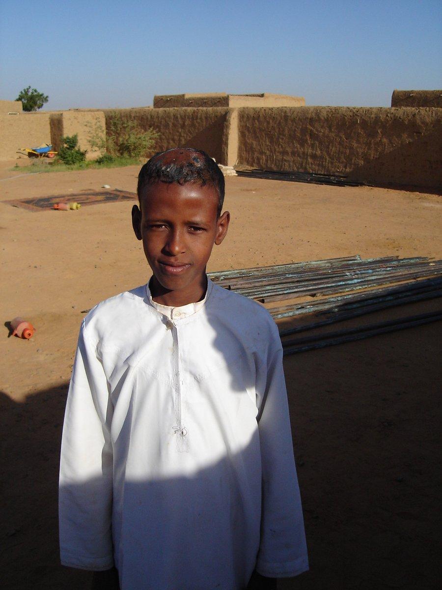女性 切除 スーダン 器