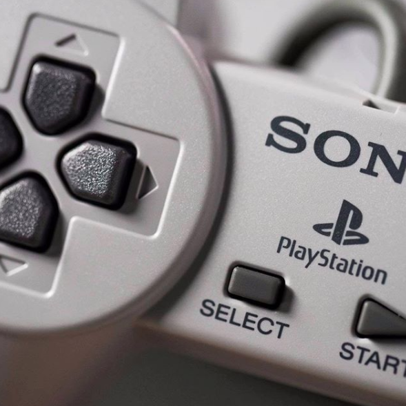 Don't think just answer, what was your first PlayStation game? https://t.co/OkW02V6VSf