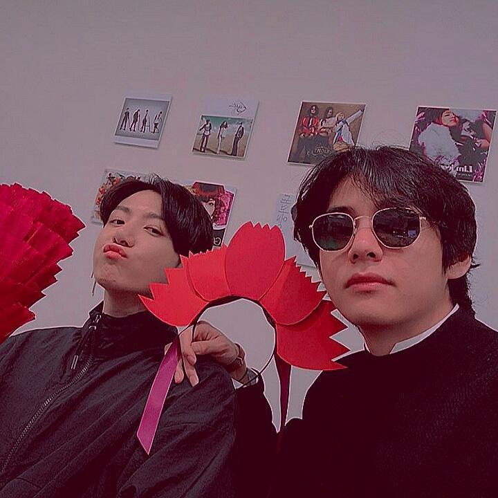 Taehiongie so beautiful  @BTS_twt  #Taehyungjewel #Taehyungnose #Taehyungnails #Taehyunglovely #Taehyungjoy #Taehyungjoyful #Taehyungjourney #Taehyungjump #Taehyungjamming #Taehyungjolly  #Taehyungnice  #Taehyungvideo #Taehyungvoice #Taehyungvlive  KIM TAEHYUNG WE LOVE YOU  # https://t.co/axXVW5jYks