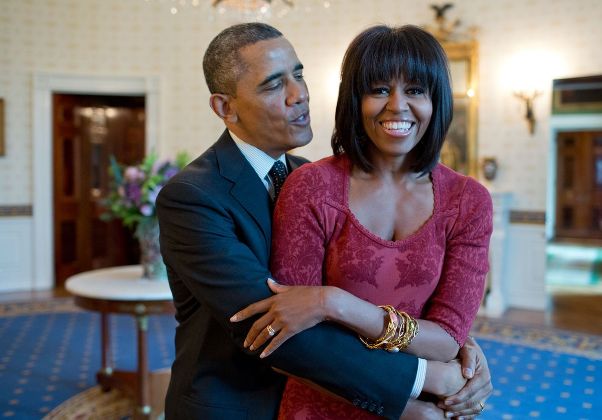 Even if you can't give the moms in your life a hug today, I hope you can give them an extra thank you today. Thank you and Happy Mother's Day to the woman who makes it all possible. Love you, @michelleobama. https://t.co/E9ebxaSBpy