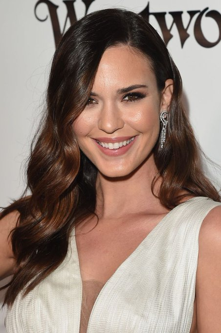 Happy 35th Birthday to Odette Annable