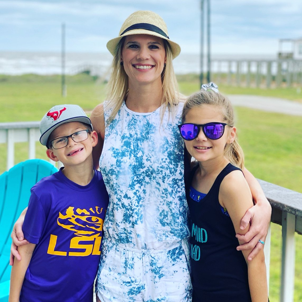 Happy Mother's Day to my KiKi! Bron, Kenz and myself are so grateful to have you. Thanks for all you do! #mothersday #imamotherlover #weloveyouBIGpic.twitter.com/kSbyv028Al – at Surfside Beach