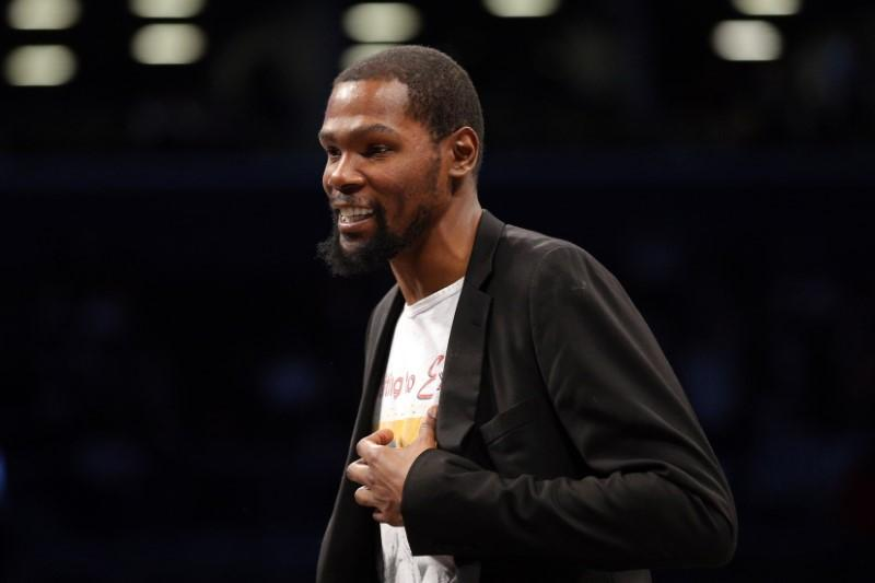 Report: Durant won't play if NBA resumes season
