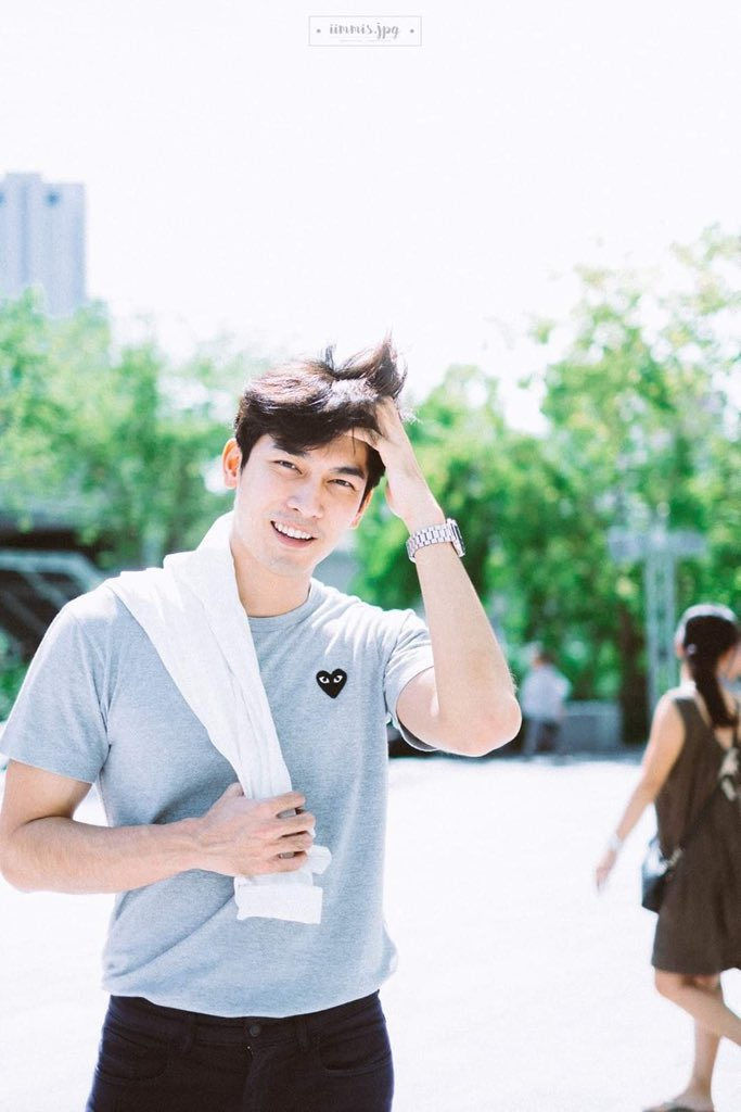 Or maybe in the alternate universe, Mew is a doctor soon-to-be and Gulf is a model Mew knew as acquaintance because of his ex? That when Mew sees Gulf on magazine, he smiles and remembers how his ex said Gulf is a humble person  #mewgulf  #mewgulfAU  #MewSuppasit  #GulfKanawut