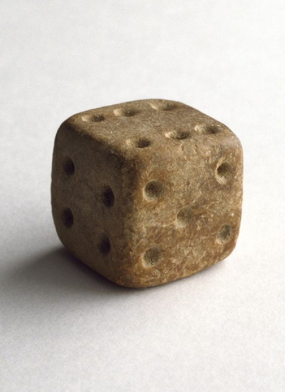 Good design is timeless... This is a 3000 years old dice https://t.co/9PRe7MKNTS