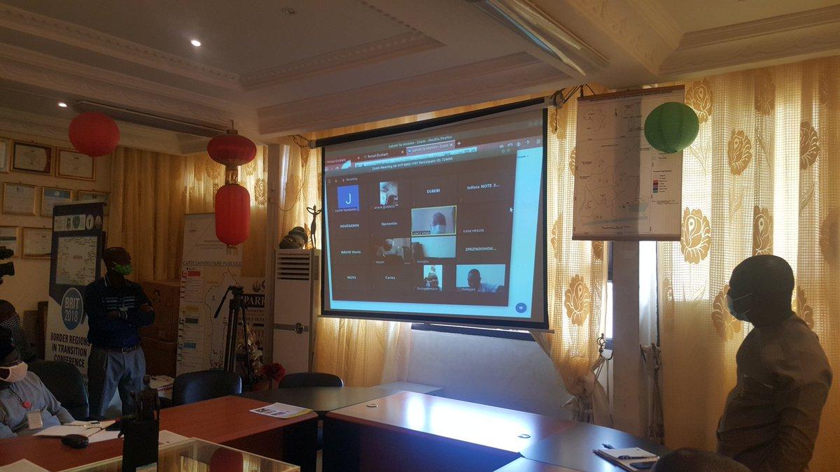#elearning - La plateforme e-learning des Universités Publiques en ligne est officiellement lancée ce matin depuis la Salle des Actes de @uacbenin par la #MND, Mme @AurelieASZ et la #MESRS, Mme Eléonore LADEKAN YAYI en présence du Recteur, M. Maxime DACRUZ. #BeninNumerique https://t.co/Zj7s8Nr5OD