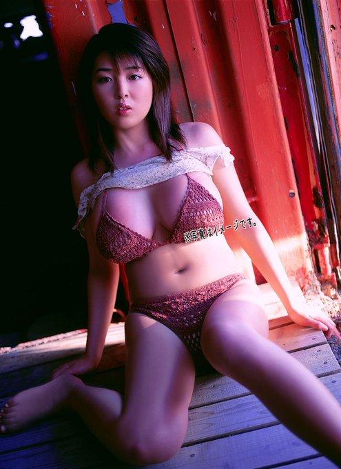 グラビアアイドル手束真知子のTwitter自撮りエロ画像5