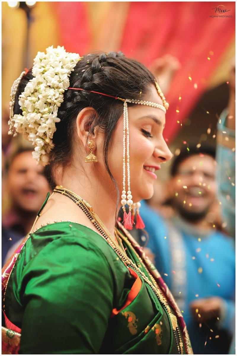 Getting married isn't just made up of one big happy emotion but it's made up of a whole gamut of emotions.#bride #maharashtrianbride #wedding #indianbride #love #marathibride #nauvari #weddingday #moiraiweddings #weddingphotography #bridetobe #weddinginspiration #bridalpic.twitter.com/jme8Uhxv6b