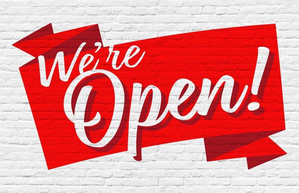 Come on in!! We are still open for business, 7am-7pm, 7 Days a week. We also have our #Tailors on site from 10am-3pm 7 days a week. We are here for all your #drycleaning needs. We also have free #delivery!! Call us today 818-505-4145 #hilltopcleaners #encino #laundry #shermanoakspic.twitter.com/BQKCNx6jm9