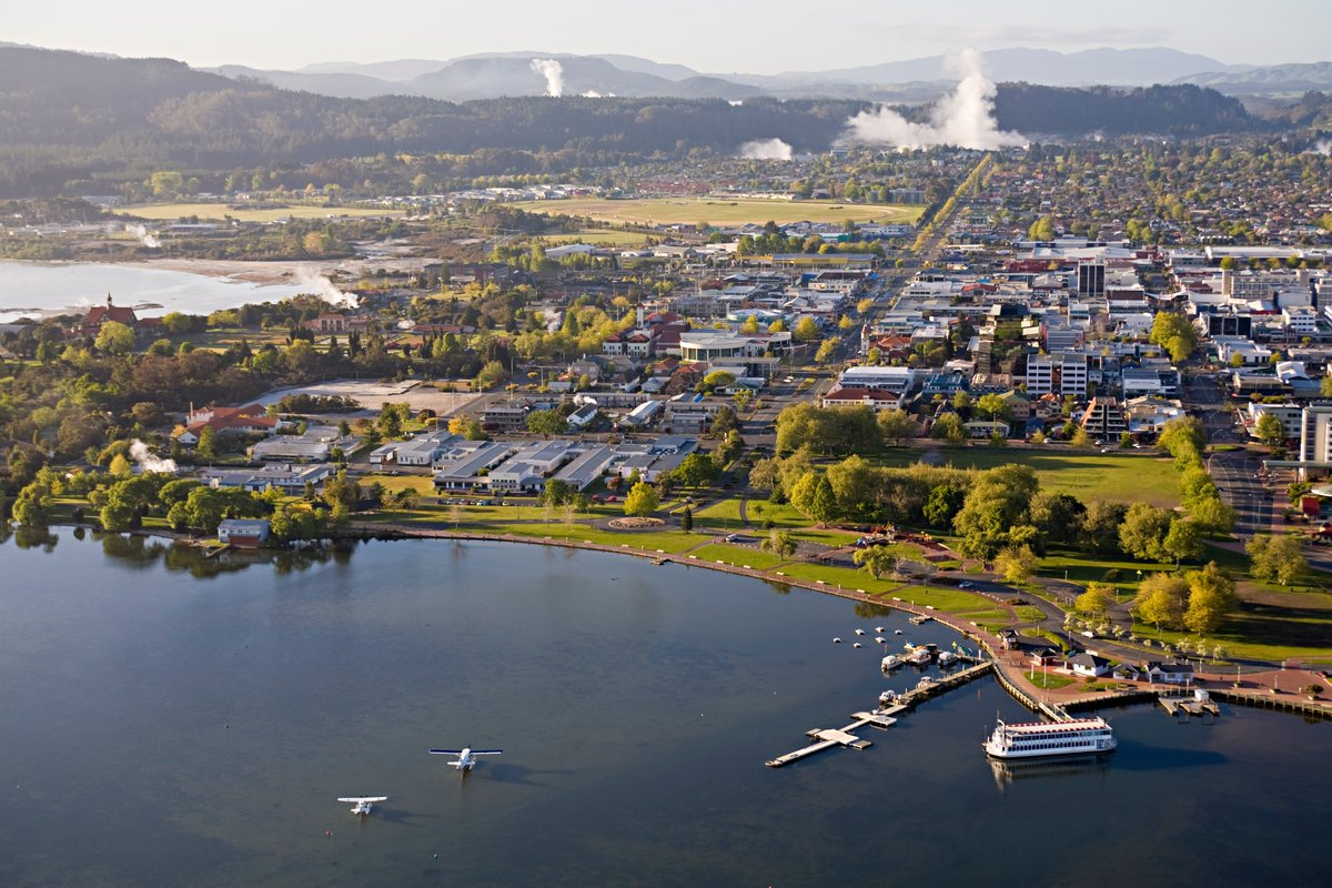 A 0% general rates rise, ongoing rates relief and funds for partnership and community projects feature in Rotorua Lakes Council's proposed 2020/21 Annual Plan, as part of a focus on supporting the #Rotorua district's recovery from COVID19.  Find out more: https://t.co/dvivNKw1Wk https://t.co/PbBEz9u0eP