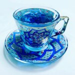 トルコグラスに注いだ紅茶がとてもきれい。トルコグラスだけでもきれいですが、紅茶をいれるとさらにきれい。