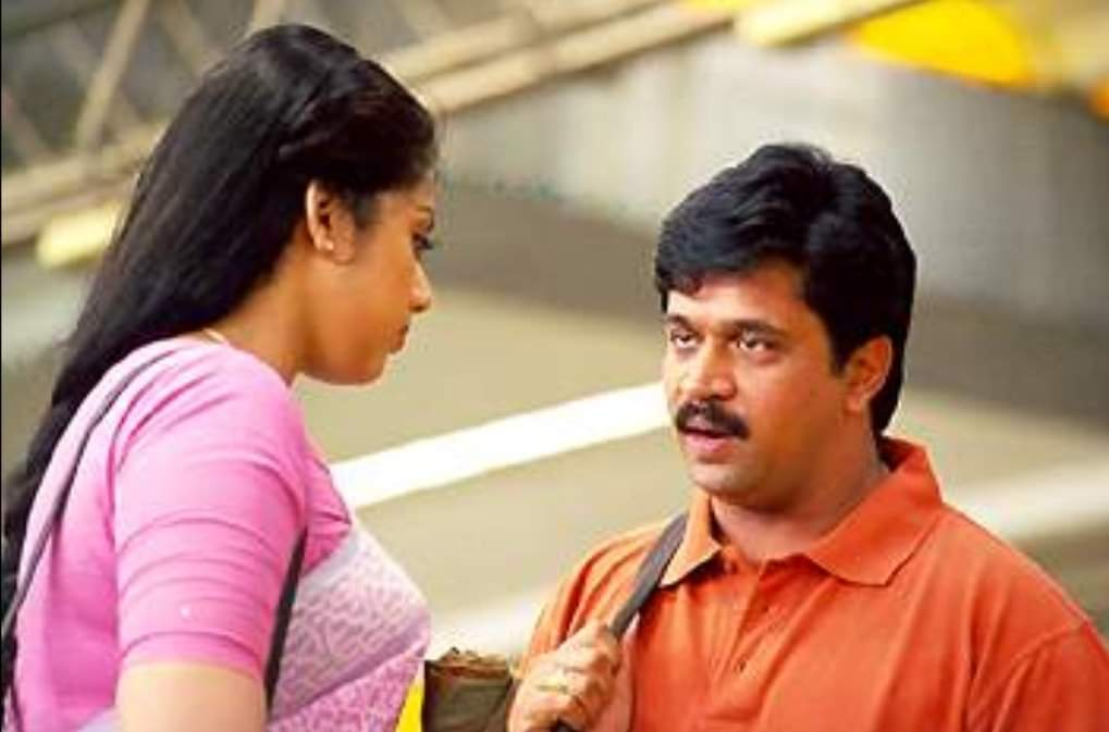 Before #GauthamMenon's league of gentlemen, there was Arjun's Karthik sir, created by Vasanth.   If you're a shy male struggling to start a small talk with your girl... Stop whatever you are doing, just go watch #Rythm on K Tv and learn from the expert! pic.twitter.com/fUWPi6cD3L