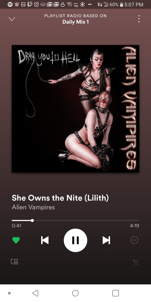 Love how they twist the synth. #Alienvampire #industrial pic.twitter.com/XDMehnJla5