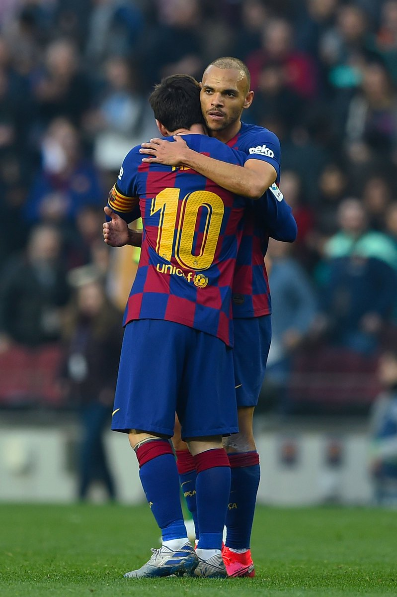"""Braithwaite: """"If football were a religion, Messi would be god."""" <br>http://pic.twitter.com/OxZUWpELxC"""