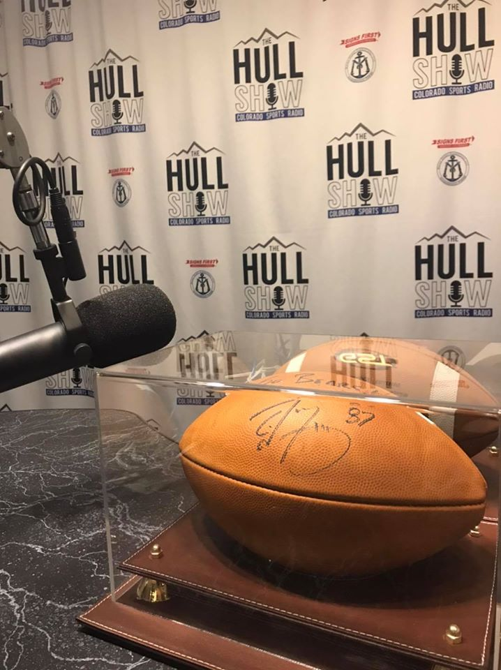 Noob takes Top Text Tuesday today and inches closer to the @87ed signed football!  Join in next Tuesday! First one to 3, wins it!  text kfka to 31996 to join the club!  @UNC_BearsFB #thehullshow #Hulligans #TTT https://t.co/4JTvljifxT