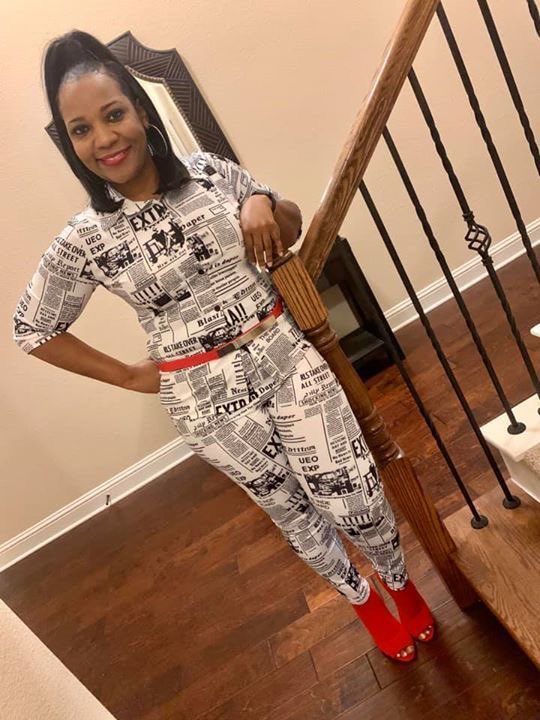 "We see you LaShonda A.!! You're looking fabulous in your ""Gossip Column Set""! 🙌🏽#GrittyGirls, what you think?! Should we bring this set back?! 🤔⁣ ⁣ 👚👖 ""Gossip Column Set""⁣  ⁣ 🛍Shop at   ⁣ #GrittySoul  #WomensClothes #Fashion ⁣#Jewelry #Earrings"